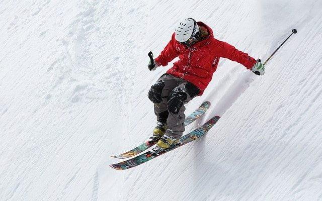 Technika jazdy na nartach zjazdowych
